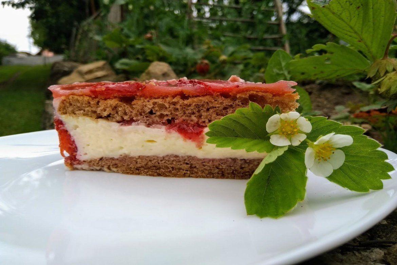 Jahodovo-pudingová torta
