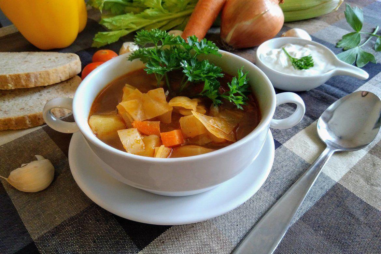 Kapustová polievka Deluxe