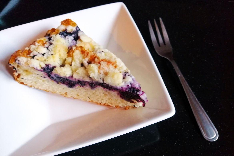 ovocný koláč s čučoriedkami