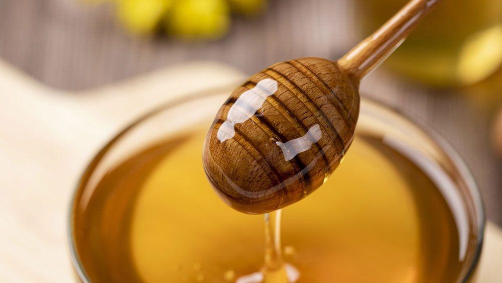 svetlý med