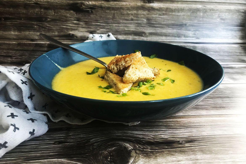 karfiolová polievka so syrom