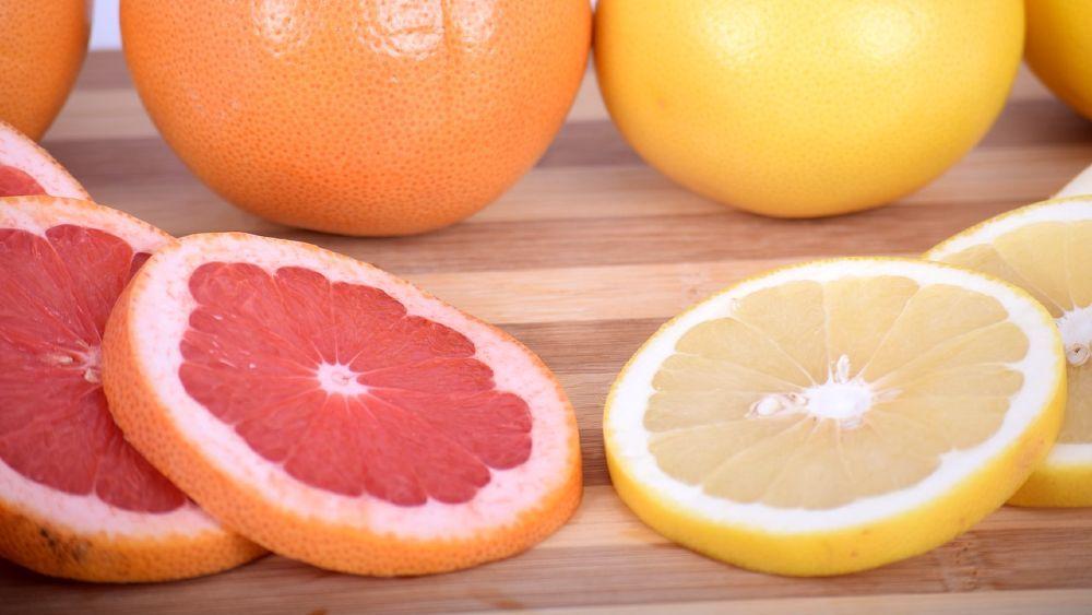 grapefruit červený a žltý